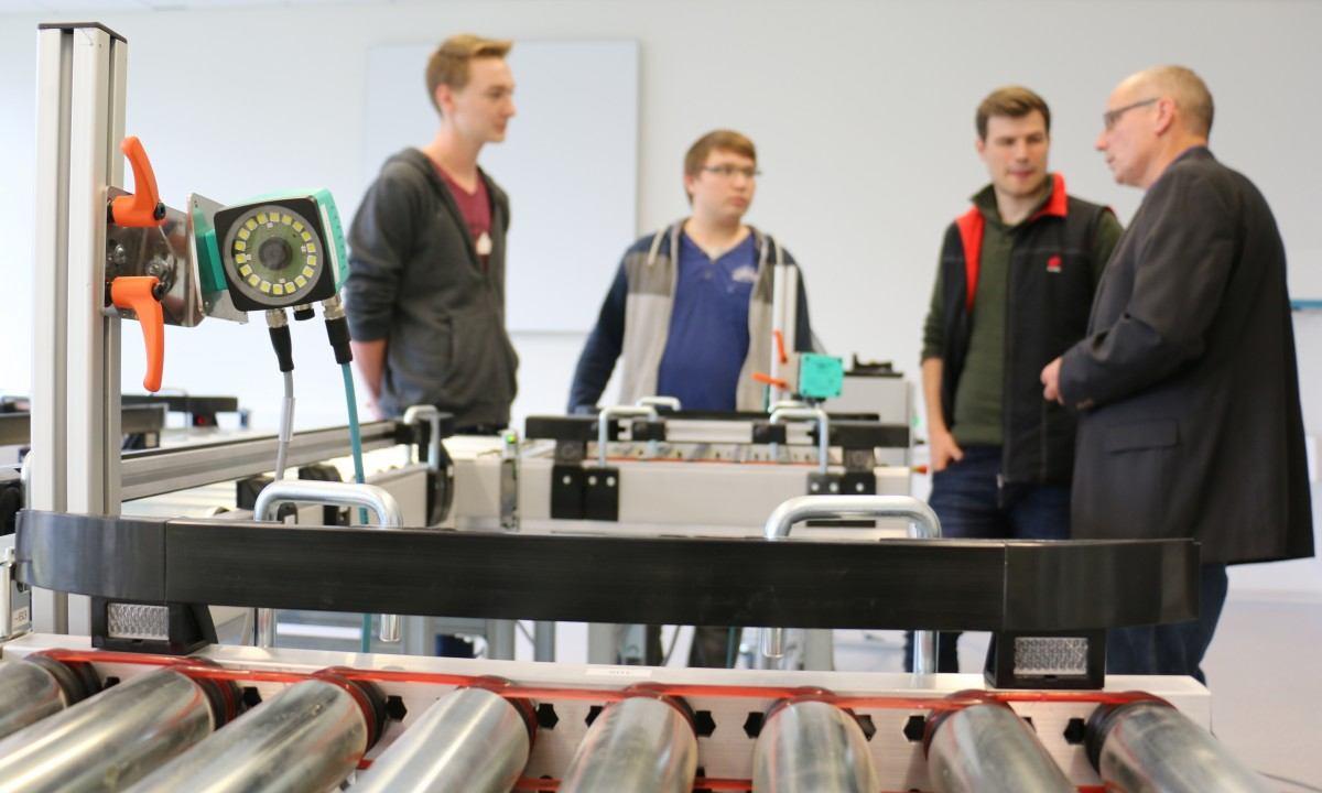 Lernfabrik 4.0 ermöglicht zukunftsweisende Ausbildung